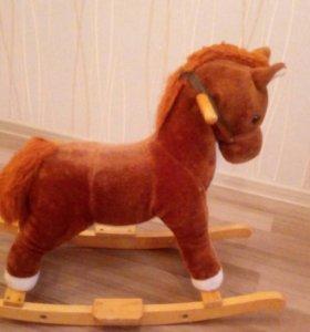 Лошадка-качалка для детей.