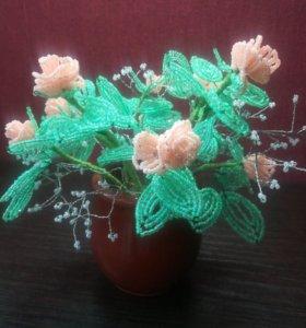 Цветок в горшочке из бисера