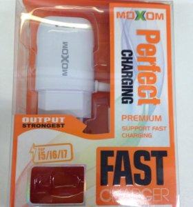 Зарядное устройство MOXOM lighting IPhone5/6/7