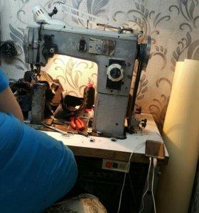 Обувьна швейная машинка