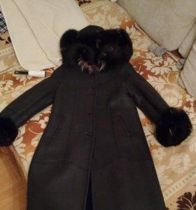 Зимнее кожаное пальто 50-52 размера