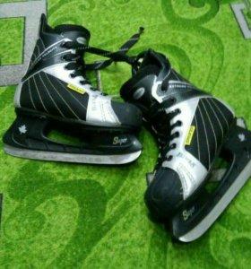 Коньки хоккейные.состояние отличное 36 размер