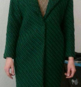 Пальто зеленое теплое