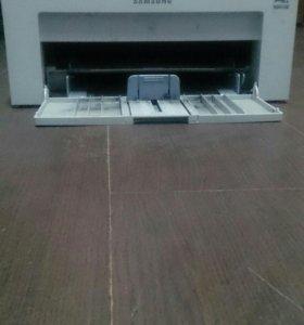 Б/у принтер Samsung ml-2015 на детали
