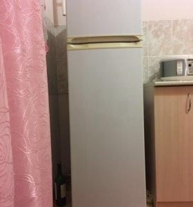 Продам Холодильник. Торг.