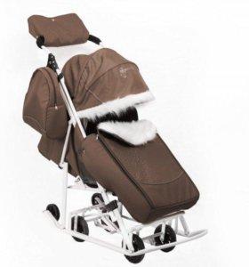 Санки-коляска Pikate Снеговик со стразами