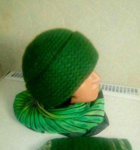 Шапка зелёная новая 56-58