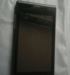 Смартфон( телефон) ZTE  v815w