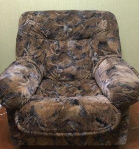 Мягкое кресло 2 штуки