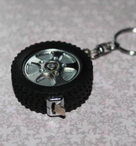 Брелок рулетка колесо мини