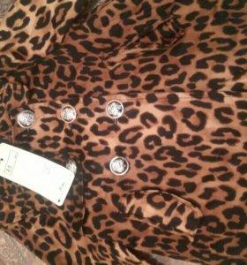 Пиджак с подкладкой на 2/3 года