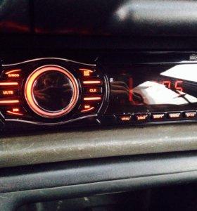 Магнитола,автомагнитола USB,aux,SD