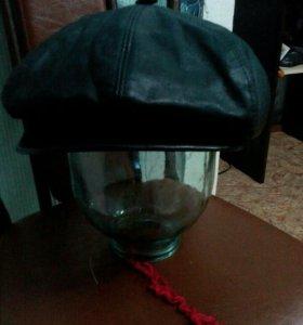 Натуральная кожаная кепка