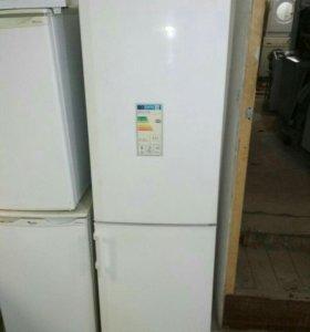 Холодильник Liebherr CUP 3021