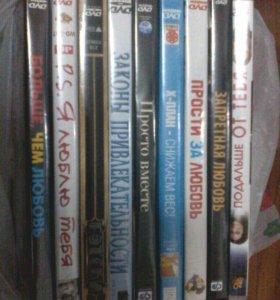Фильмы много