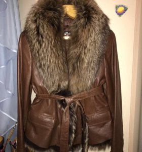 Продам кожаную зимнюю куртку.