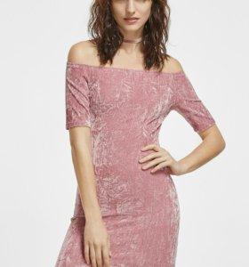Модное бархатное платье