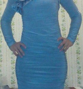 Платье!одеванное всего один раз