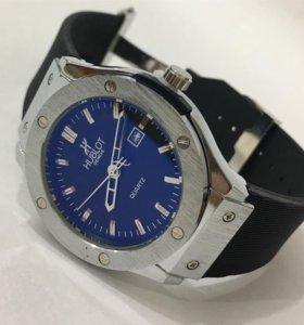 Продаю часы Hublot