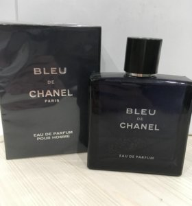 "Chanel ""Bleu de Chanel"""