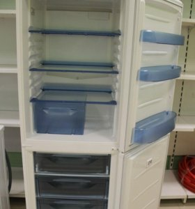 Холодильник HELKAMA 2х компрессорный, 2х камерный
