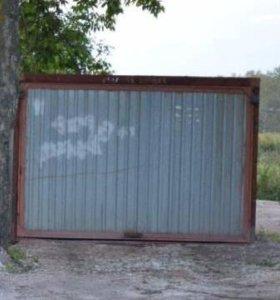 Хороший гараж- пенал.