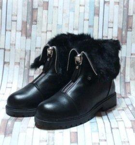 Ботинки новые с мехом