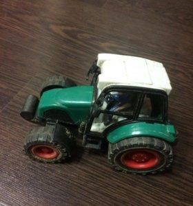Продам игрушку трактор для детей