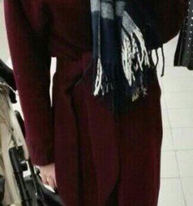 Новое бордовое пальто шерсть длинное