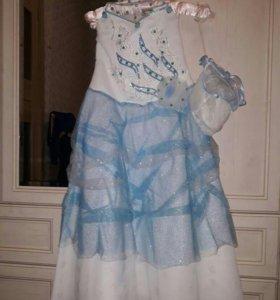 Продам новогоднее платье