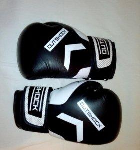 Боксерcкие перчатки outshock 12 oz