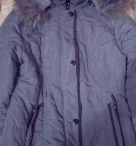 Куртка с натуральным мехом на воротнике