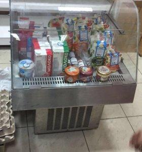 Холодильник и полки
