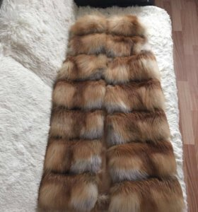 Жилет из меха лисы