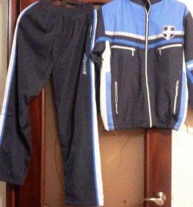 Спортивный костюм ( утепленный ).