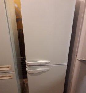 Холодильник Stinol. Доставка