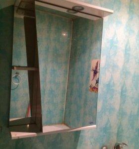 Шкаф-зеркало в ванную