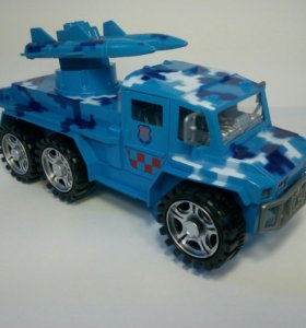 Машинка военная