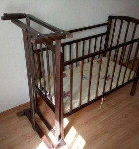 Детская кочающая кровать