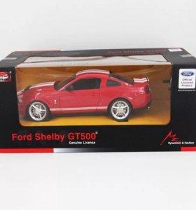 Машинка на пульте управления Ford Mustang 1:24