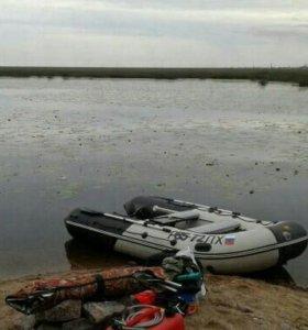 Лодка с мотором смотреть в Гатчине