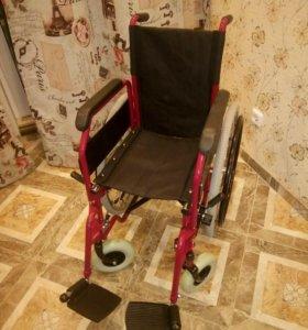 Инвалидная коляска(инвалидное кресло)
