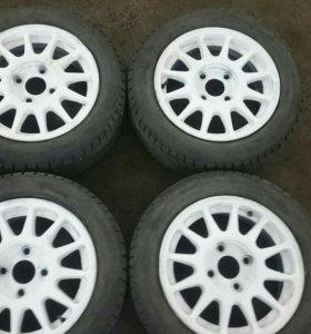 Продам зимние колеса R15 на литых дисках