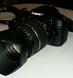 Canon 550D Фотокамера