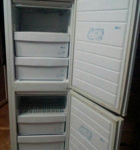 Холодильник и морозильная камера