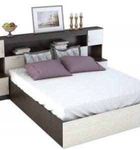 Кровать 160 с матрасом ,ящиком и тумбами.