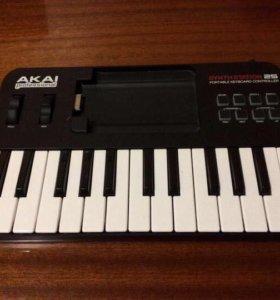 Продам MIDI-клавиатуру AKAI SynthStation 25