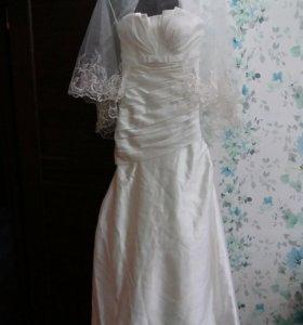 Платье свадебное 42