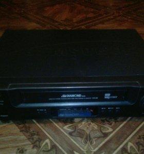 Продам видеомагнитофон SAMSUNG