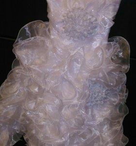 Платье праздничное р 6-7 лет